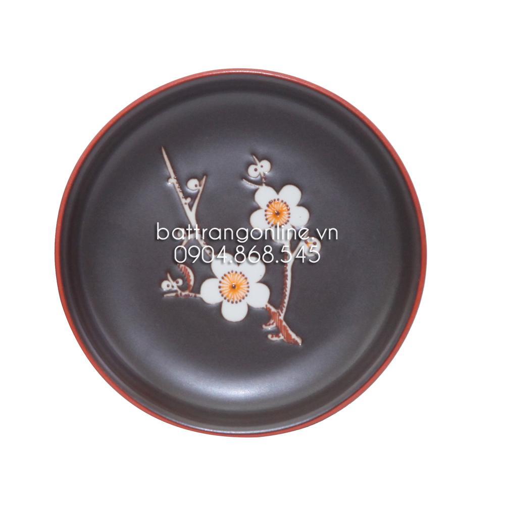 Bộ ấm chén dáng chữ nhật khắc hoa mai trắng