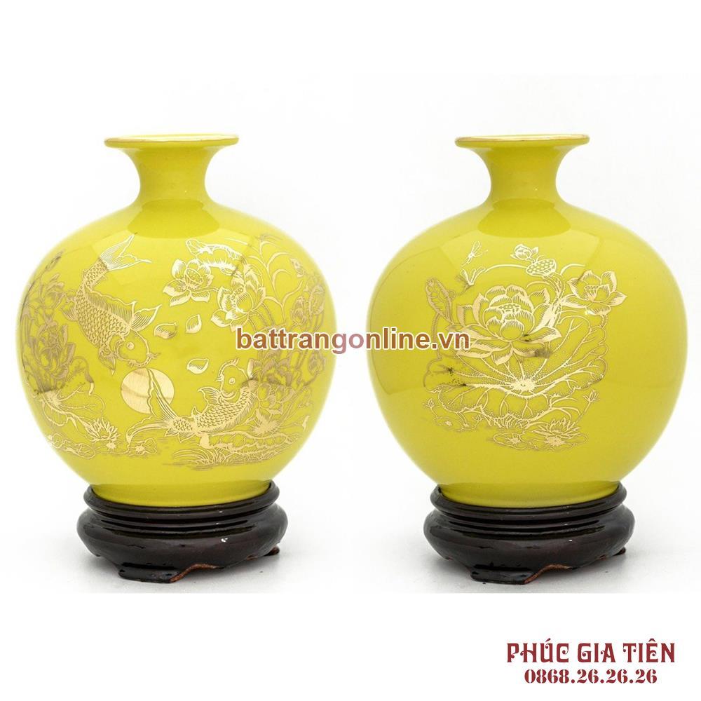 Bình hút lộc vẽ vàng lý ngư vọng nguyệt nền vàng H35cm