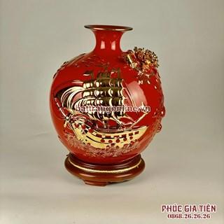 Bình hút lộc vẽ vàng thuận buồm xuôi gió nền đỏ cao 35cm