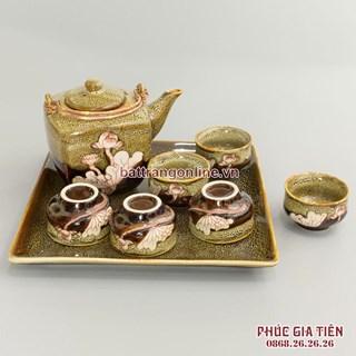 Bộ trà dáng vuông men màu gấm vàng khay sứ