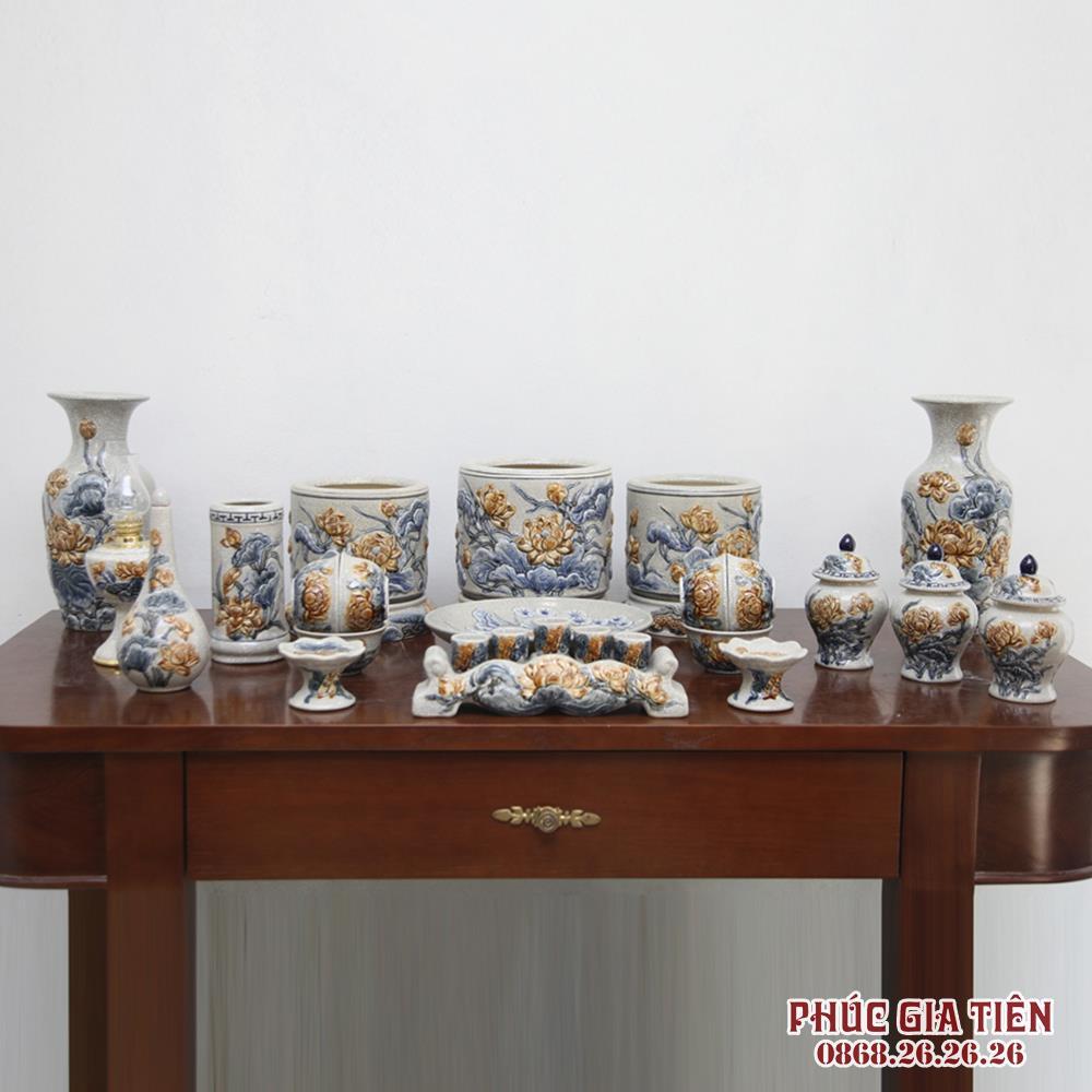 Bộ đồ thờ men rạn cổ đắp nổi hoa sen - ban thờ 1m97