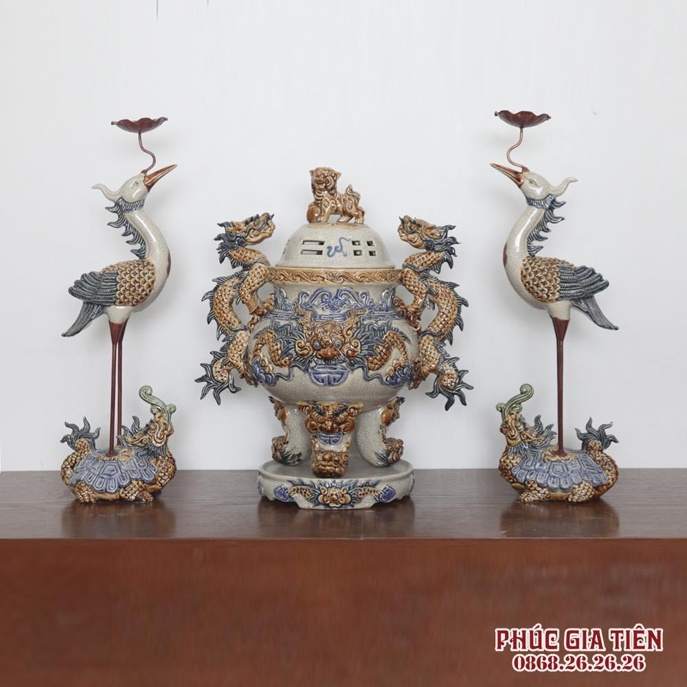 Bộ đồ thờ men rạn đắp nổi hoa sen - ban thờ đại 1m97