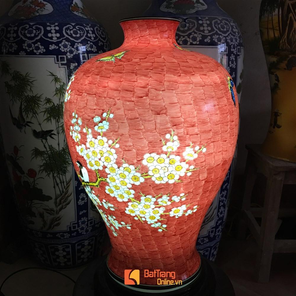 Đèn sứ thấu vẽ chim công và hoa đào - cao 62cm