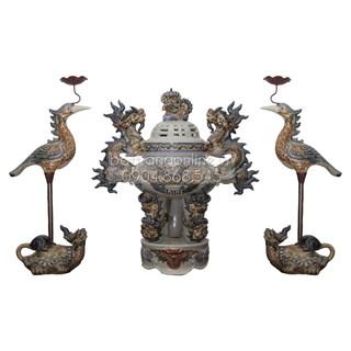 Đỉnh thờ tam sự đắp nổi men rạn cổ - cao 45 cm