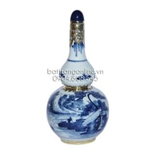 Nậm rượu vẽ sơn thủy bọc đồng - 500 ml