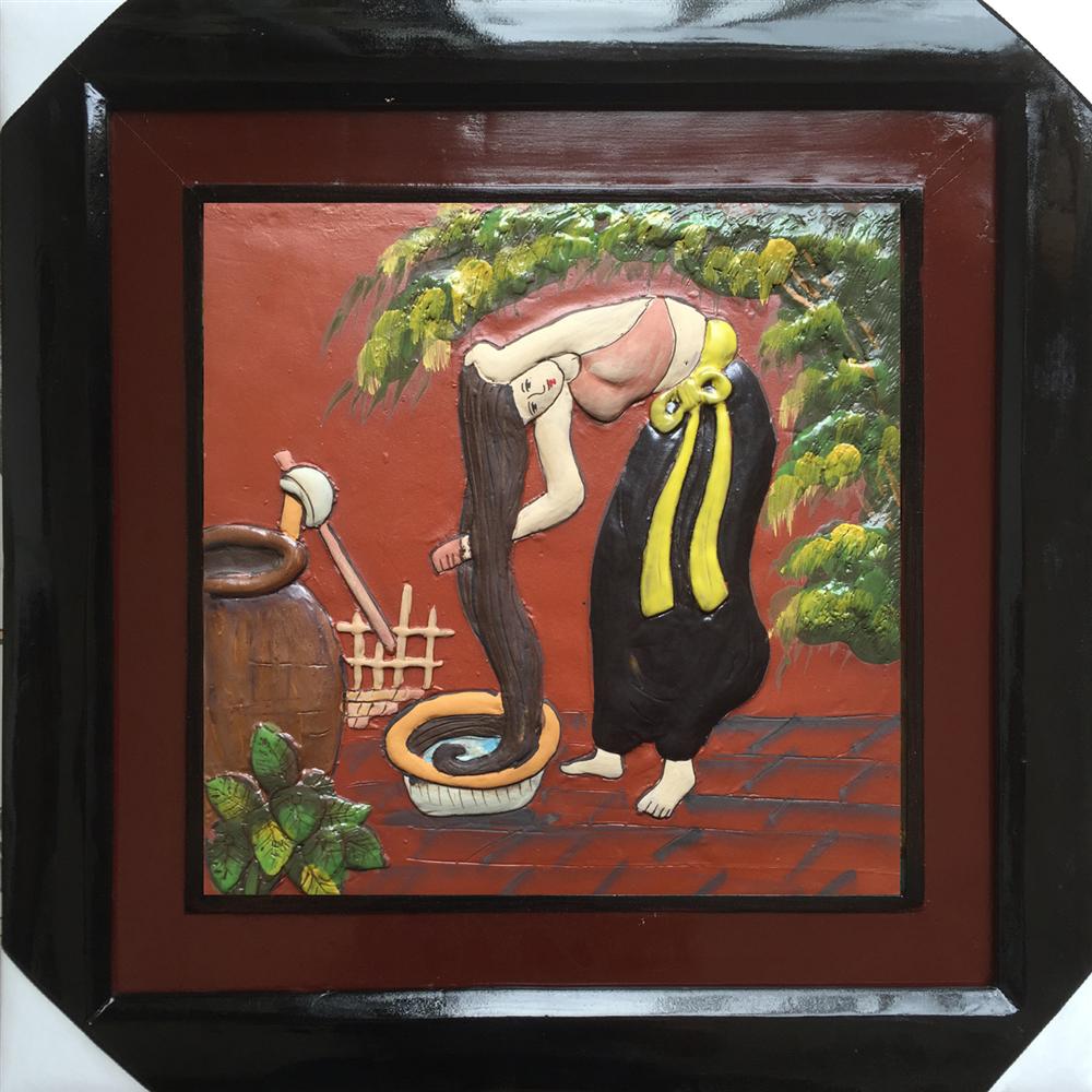 Tranh gốm vẽ thiếu nữ - 50x50cm