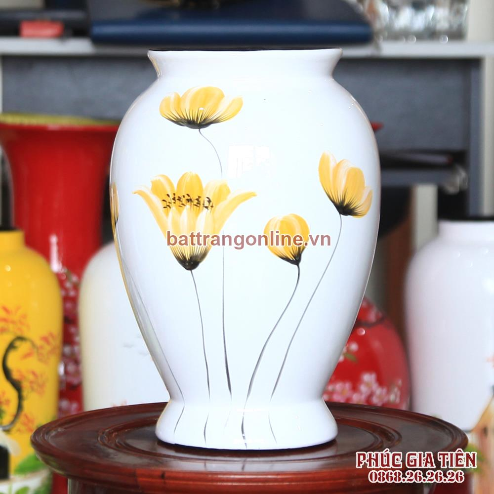 Vò bóng sơn mài chân cao hoa cánh bướm nền trắng cao 26cm