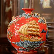 Bình hút lộc thuận buồm xuôi gió nền đỏ cao 41cm