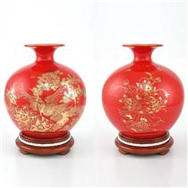 Bình hút lộc vẽ vàng cảnh tùng hạc nền đỏ cao 20.5cm