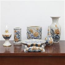 Bộ đồ thờ men rạn đắp nổi hoa sen - ban thờ chung cư 49,5cmx95cm