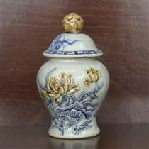 Chóe mini đắp nổi hoa sen  - men rạn cổ - cao 16 cm