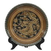 Đĩa cảnh - khắc long cuốn thủy - men rạn cổ - viền đắp nổi - đường kính 35cm