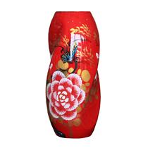 Bình sơn mài dáng xoắn vẽ hoa mẫu đơn nền đỏ cao 37cm